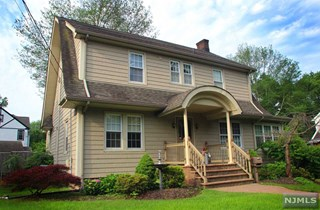 SOLD -703 Hillsdale Ave, Hillsdale, NJ