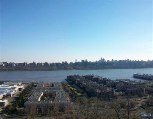 SOLD - 250 Gorge Rd #5B, Cliffside Park New Jersey $203,000