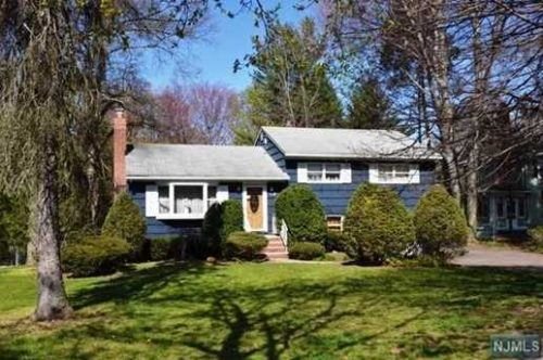 SOLD - 272 S Irving Street, Ridgewood New Jersey $599,900