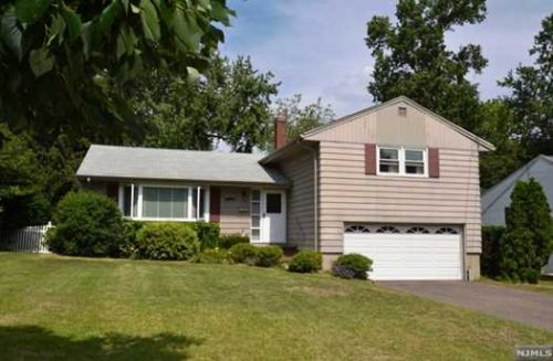 SOLD - 249 Garden Place, Oradell New Jersey $555,000