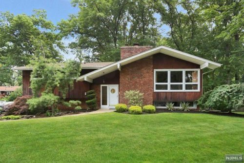 SOLD - 9 Pavonia Ave Emerson, NJ $608,000
