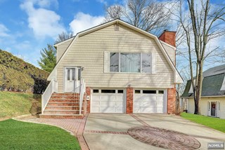 SOLD -366 Hamilton Place Hackensack NJ $472,500