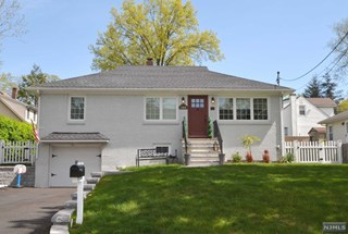 SOLD - 103 Rockland Ave, Northvale NJ $455,000