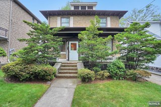 SOLD - 47 Knox Ave, Cliffside park, NJ 07010 $550,000