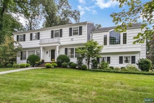 SOLD - 29 Dearborn Drive Old Tappan NJ $750,000