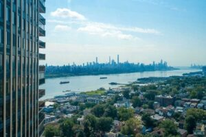 New Listing – 200 Winston Dr #2518 Cliffside Park NJ 07010 – MLS #20039194 $449,000