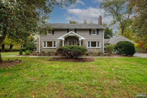 SOLD -  297 Hillsdale Ave Hillsdale, NJ 07642  $970,000
