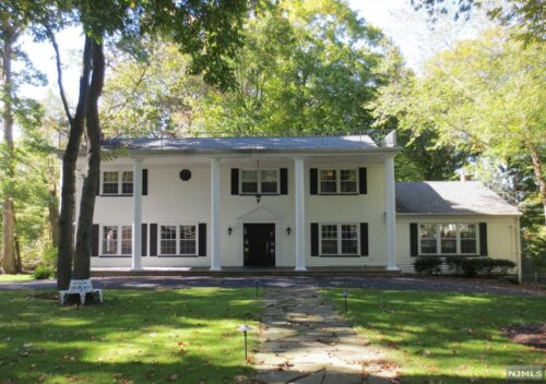 SOLD - 96 Woodmont Dr Woodcliff Lake, NJ 07677 $998,000